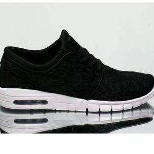 Nike SB Stefan Janoski Air Max Skate Shoe